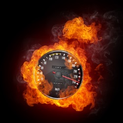 Mit 70 km/h zu schnell in der Probezeit? Wenn das Tacho Feuer fängt, steht mind. ein Aufbauseminar an.