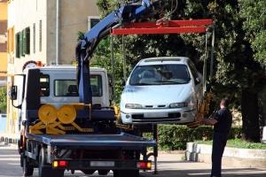 Abgesenkter Bordstein: Auf Parken folgt Abschleppen?