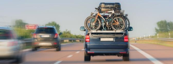 Wo sind zulässige Achslasten für Lkw und Pkw vermerkt?