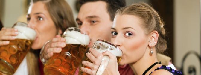 Alkohol-Bußgeldkatalog: Das kostet es, betrunken Auto zu fahren.
