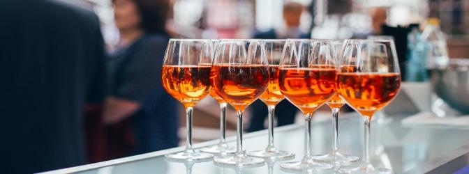 Wird Alkohol während der Probezeit beim Fahrer nachgewiesen, so drohen schwerwiegende Strafen.