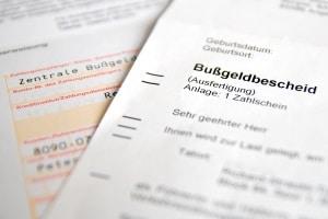 Sie können sich im Anhörungsbogen zur vorgeworfenen Ordnungswidrigkeit äußern, bevor ein Bußgeldbescheid ergeht.