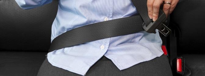 Die Anschnallpflicht soll schwerwiegende Folgen bei einem Unfall verhindern.