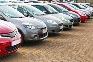 Das Auto neu anmelden- Welche Kosten entstehen?