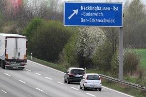 Möchten Sie die Autobahn verlassen, ist dies nur an bestimmten Stellen erlaubt.