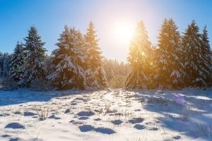 In manchen Gegenden ist im Winter das Autofahren in Kroatien nur mit Schneeketten gestattet.