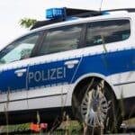 Möchte die Polizei einen Blitzer aufstellen, sind je nach Bundesland unterschiedliche Vorschriften zu beachten.