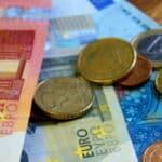 Auch wenn sich der Blitzer in Österreich befand: Bezahlen sollten Sie das Bußgeld trotzdem.
