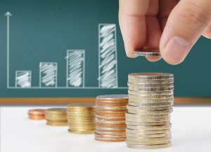 Bußgeldbescheid nicht bezahlt: Mit jeder Mahnung kommen zirka 5 Euro zur Gesamtsumme hinzu.