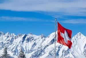 Bußgeldbescheid aus der Schweiz: Bei Vollstreckung wird es häufig teuer.