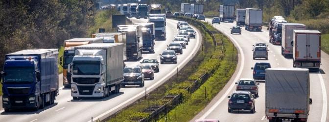 Die Sanktionierung erfolgt in Deutschland bei Pkw und Lkw nach einem eigenen Bußgeldkatalog, wenn durch eine Abstandskontrolle ein Verstoß festgestellt wurde.