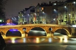 Verstöße gegen die Regeln werden gemäß dem Bußgeldkatalog von Bosnien geahndet.