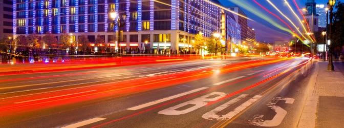 Der Bußgeldkatalog für den Bus beschäftigt sich u. a. mit den Regeln zur Geschwindigkeit und dem Nutzen der Busspur.