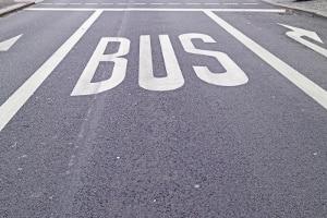 Bußgeldkatalog für den Bus: Auch zur Nutzung der Busspur gibt es Vorschriften.