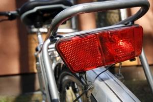 Eine nicht vorhandene oder defekte Beleuchtung am Fahrrad hat ein Bußgeld zur Folge.