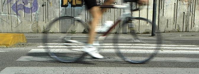 Unterwegs mit dem Fahrrad: Im Bußgeldkatalog sind die Verstöße und die zu zahlenden Bußgelder aufgeführt.