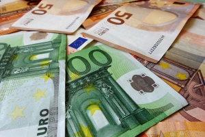 Bei einem Verkehrsverstoß können Sanktionen gemäß dem Bußgeldkatalog von Island drohen.