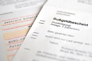 Die Bußgeldstelle in Bremen stellt Bußgeldbescheide aus.