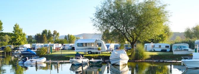 Camping: Was Sie dabei beachten sollten, erfahren Sie in unserem Ratgeber.