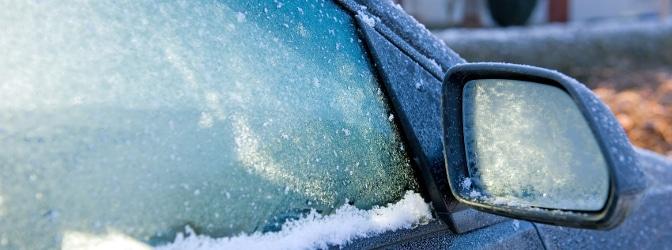 Darf man sein Auto im Stand laufen lassen, z. B. um es im Winter aufzuwärmen?