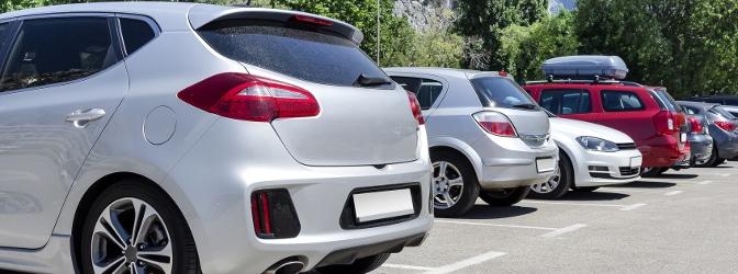 Darf man einen Parkplatz freihalten oder ist das Nötigung?