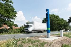 Das Durchfahrtsverbot für Lkw gewann mit der Einführung der Lkw-Maut auf Autobahnen an Bedeutung.