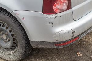 In vielen Fällen handelt es sich um unfreiwillige Fahrerflucht, weil ein Bagatellschaden nicht bemerkt wurde