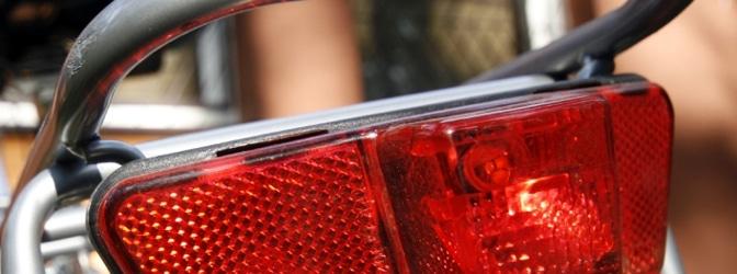 Eine vorschriftsmäßige Beleuchtung macht das Fahrrad sichtbar im Straßenverkehr.