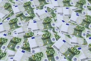 Fehlt der Fahrtennachweis für Ihren LKW, drohen 100 Euro Bußgeld.