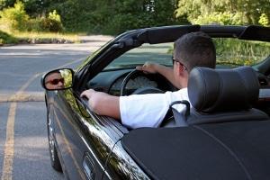 Allgemein gilt ein Fahrverbot als gängige Buße in der Schweiz.