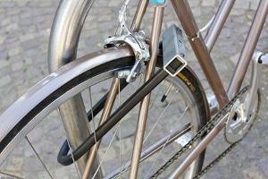 In der Regel darf man trotz Fahrverbot Fahrradfahren.