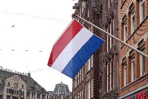 Gilt ein Fahrverbot in Holland auch in Deutschland?