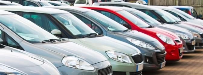 Längst nicht jedes Fahrzeug darf ein rotes Kennzeichen führen.