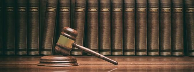 Falsche Angaben im Anhörungsbogen sind strafbar und können zu einer Verurteilung wegen falscher Verdächtigung gemäß § 164 StGB führen.