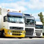 Mit dem Führerschein der Klasse C1 können leichte und mittelschwere Lkw gefahren werden - für schwere Laster und Sattelzüge gibt es andere Klassen.