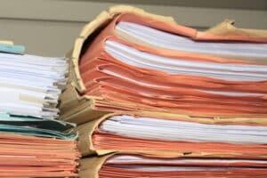 Nach dem Ihr Führerschein entzogen wurde, müssen Sie mit bürokratischem Aufwand rechnen, um ihn wieder zu bekommen.