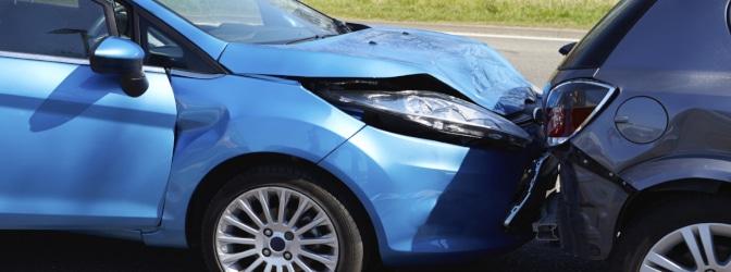 Wenn der Führerscheinentzug nach einem Unfall droht, ist Alkohol oft die Ursache.