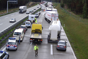 Gaffer am Unfallort erfüllen meist mehrere Straftatbestände.