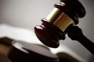Ein Gericht entschied, dass ein Bußgeldbescheid auch ohne Unterschrift gültig ist