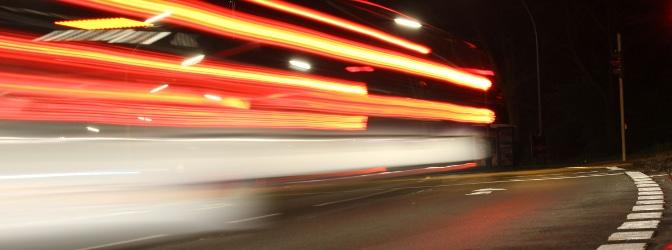 Ein Fahrverbot für eine Geschwindigkeitsüberschreitung vergeben die Behörden bereits ab 31 km/h zu viel.