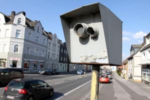 Welche Konsequenzen hat eine Überschreitung der Geschwindigkeitsbegrenzung innerorts in Deutschland zur Folge?