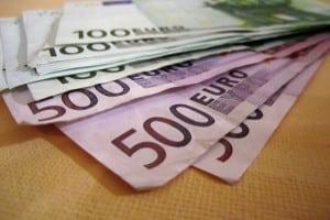 Bei einem Verstoß gegen die Geschwindigkeitsbegrenzung in Slowenien kann ein Bußgeld folgen.