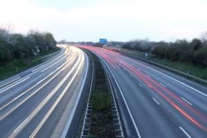 Eine Geschwindigkeitsüberschreitung in Belgien kann relativ teuer werden.