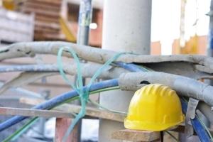 Eine Halteverbotszone kann bspw. bei Bauarbeiten beantragt werden.