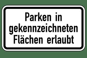 Achten Sie auf die Beschilderung in der Halteverbotszone, die angibt, wo das Parken erlaubt ist.