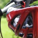 Die Helmpflicht für das Fahrrad ist in Deutschland ein kontrovers diskutiertes Thema.