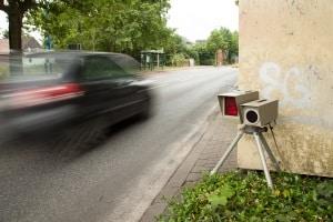 Mehrere Vorteile: So sind die Infrarot-Blitzer nicht nur mobil, sondern sorgen auch für mehr Sicherheit.