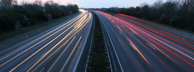 Italien: Auf der Autobahn ist eine Geschwindigkeit von maximal 130 km/h einzuhalten.