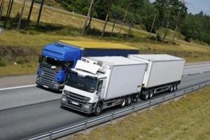Bei einer Lkw-Abstandsmessung kann ein Einspruch sinnvoll sein, um einen Punkt abzuwenden.