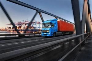 Unterliegen Lkw einem Fahrverbot in Dänemark zu bestimmten Zeiten?